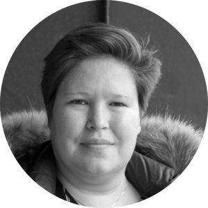 Regine Lundblad (RL)